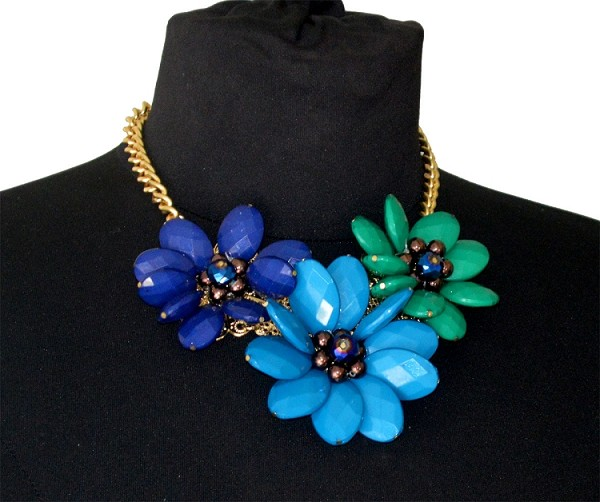 Triflora Necklace